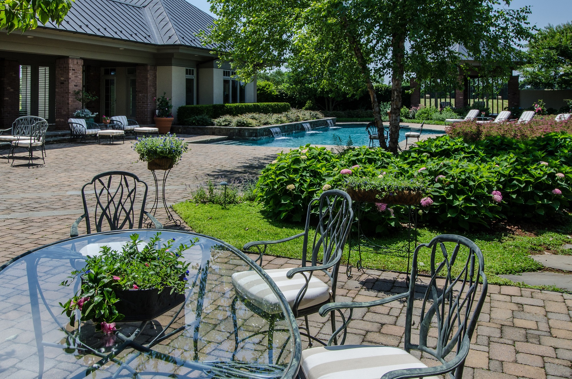3 Things Your Outdoor Living Space May Be Lacking